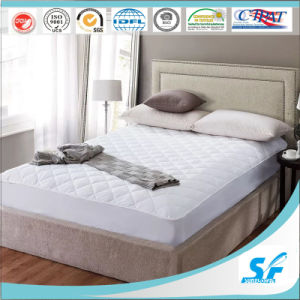 Comfy & Soft Fitted Polyester Mattress Protector pictures & photos