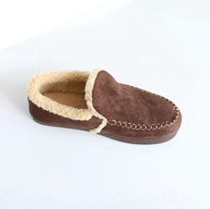 Man′s Moccasin Shoes with Toe Cap Line Code