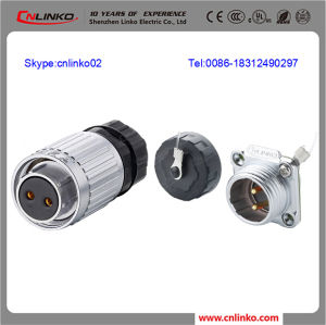 Male Plug Connector/240V Waterproof Connector/Panel Mount Connector pictures & photos