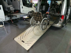 Two Step Telescoping Adjustable Wheelchair Ramp pictures & photos