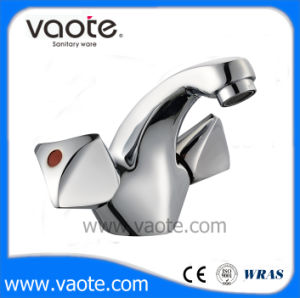 Classic Double Handle Brass Body Kitchen Faucet/Mixer (VT60103) pictures & photos