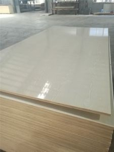 High Quality White Melamine Plywood, Melamine Faced Plywood pictures & photos