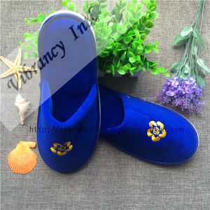 Disposable Velvet Hotel Slippers / Hotel Amenity Slipper pictures & photos