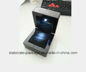LED Light Gray and Black Ring Wooden Packing Box pictures & photos