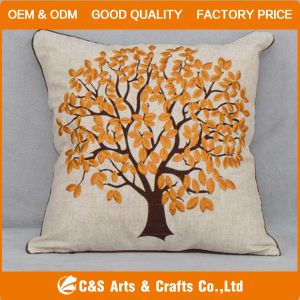 Custom New Design Appliqued Fabric Cushion for Home Textile pictures & photos