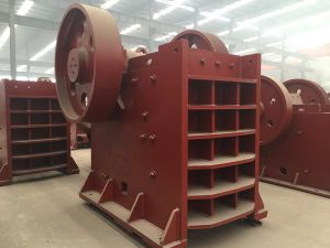 Low Price Big Model Mobile Stone Cutting Machine, Jaw Crusher for Sale pictures & photos