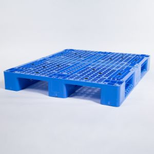 Lm-1210 No. 10 Pallet Wholesales Plastics Pallet/Tray with Metal Pipes Inside pictures & photos