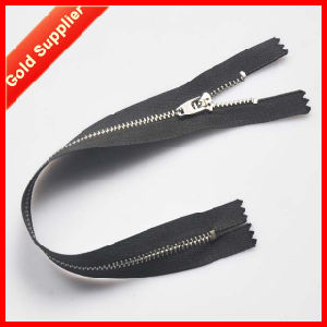 ISO 9001 Factory High Quality Double Sided Zipper pictures & photos