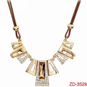 Zd-3528 Fashion Jewelry of Necklace