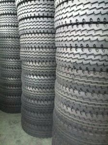 Export Truck Tire, Light Truck Tires, TBR, Tire 8.25r16 750r16 8.25r20 pictures & photos