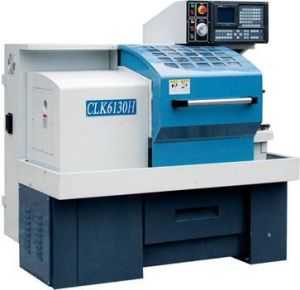 Lathe Machine CNC with CE Approved (Mini CNC Lathe CLK6130E) pictures & photos