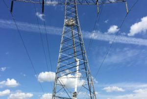 220 Kv Angle Steel Power Transmission Tower (FLM-ST-028) pictures & photos