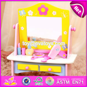 New Design Pretend Play Toy Wooden Play Makeup W08h070 pictures & photos