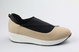 PU+Cloth Upper New Casual Women Shoes for Fashion pictures & photos