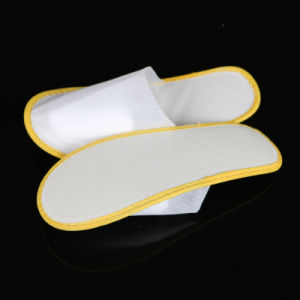 Hotel Disposable Bedroom Slippers Closed Toe pictures & photos