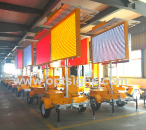 Amber Color Solar Powered Hydraulic Lifting Variable Message Vms Boards pictures & photos