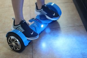 2 Wheels Electric Scooter Mobility Device Smart Hover Board with UL2272 Certificate pictures & photos
