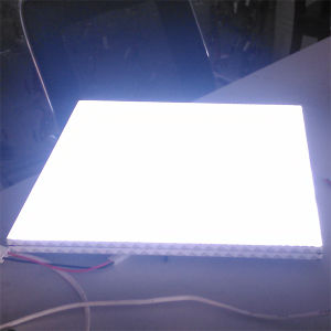 Nanometer Particle Scattering Light Guide Panel for Light Box