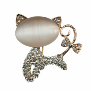 Fashion Lovely Opal Gold Plated Cat Brooch pictures & photos