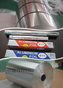 Luminous Roasting Kitchen Aluminium Foil 15mic Minimize Cleanup with Alloy 1235 pictures & photos