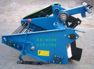 Potato Harvester, Potato Harvest Machine pictures & photos