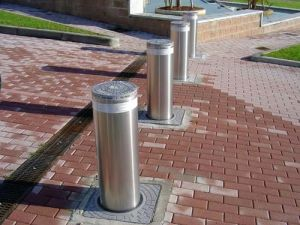 Stainless Steel Bollard Barrier, with Yellow LED Indicator pictures & photos