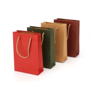 Kraft Paper Shopping Bag Large Size Paper Shopping Bag Color Printing in Kraft Paper Shopping Bag pictures & photos
