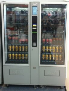 Cost-Effective Snack&Drink Combo Vending Machine (CV-0900D) pictures & photos