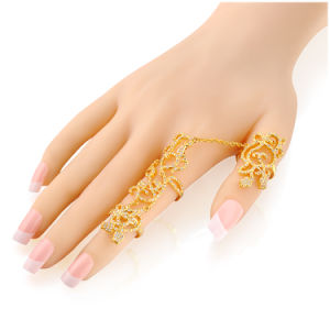 China Real Gold Plated Woman Fashion Unique Design Palm Bracelet