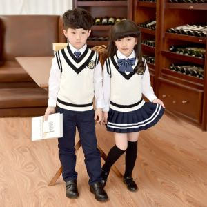 Wholesale School Uniform for Boys and Girls pictures & photos