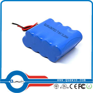 7.4V, 11200mAh Cylindrical 18650 Lithium Ion Battery pictures & photos