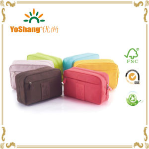 Whole Sale Cheap Promotional Polyester Cosmetic Bag for Travelling pictures & photos
