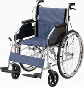 Deluxe Manual Folding Aluminum Wheelchair (1217)