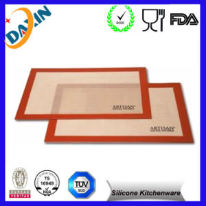 Food Grade High Quality Non Stick Silicone Baking Mat pictures & photos