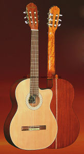 39′′ Classic Guitar with EQ pictures & photos