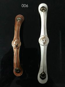 Hardware for Kitchen Cabinet Handles pictures & photos