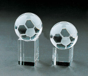 Football Crystal Trophy Award for Sports Souvenir pictures & photos