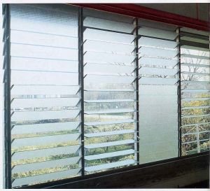 4mm Clear Float Louver Glass pictures & photos