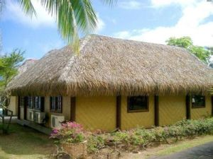 Artificial Thatch Roof, Thatch Roofing, Thatched Roof, Thatch Tile/Thatch Roofing, Dry Grass Thatch Qwi-St005 pictures & photos