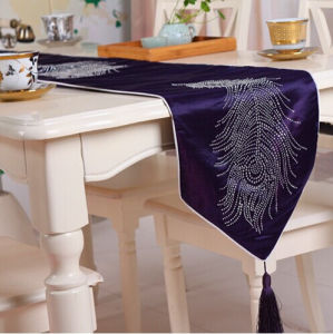 Hand-Made Diamond Ironing Table Runner Decorative Table Flag (JTR-06) pictures & photos