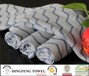 Wholesale Quick Dry Soft Yarn Dyed Kitchen/Floor/Table/ Furniture/ Car/ Tea Towels for Household pictures & photos