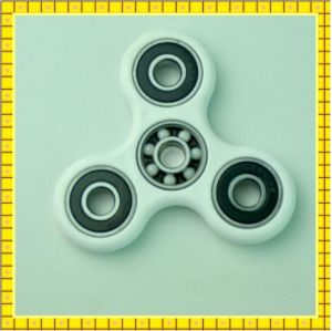 2017 Top Selling Fidget Spinner pictures & photos