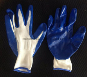 13 Gauge Polyester Nitrile Dipped Work Glove pictures & photos