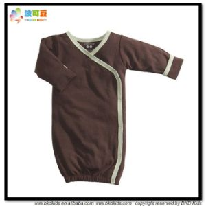 Plain Dyed Baby Garment 0-24m Baby Sleeping Romper pictures & photos