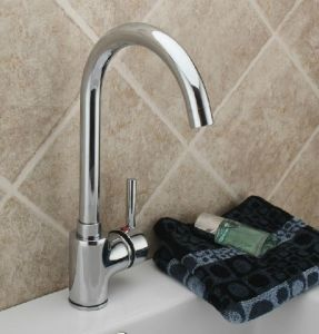 Modern Design Kitchen Tap and Brass Faucet