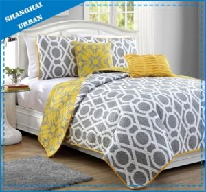 Reversible Yellow Gray Circle Printed Polyester Bedspread Set pictures & photos