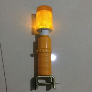 Traffic Sign Solar LED Warning Traffic Cone Lamp pictures & photos