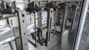 Hffs Doypack Granule Packing Machine (HPS180K) pictures & photos