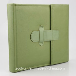 "5 X 7 "" / 4X 6 "" Stitching Green PU Leather Photo Album with Flap Closure pictures & photos"