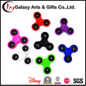 Top Selling 2017 Stress Filp Tri-Spinner Gyroscope Hand Fidget Spinner for Children